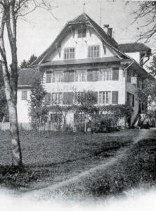 Gemeindehaus.