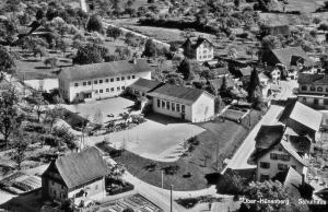 Dorfkern mit Schulhaus Eherte 1953